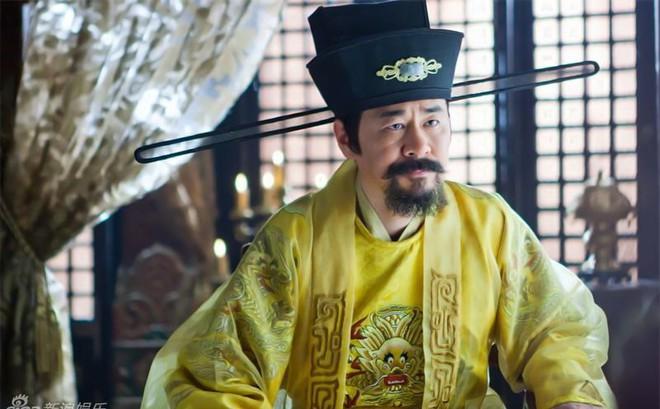 Bị vua Tống cố tình hỏi khó, nhà sư khôn ngoan đáp 1 câu, cả chùa được cứu mạng