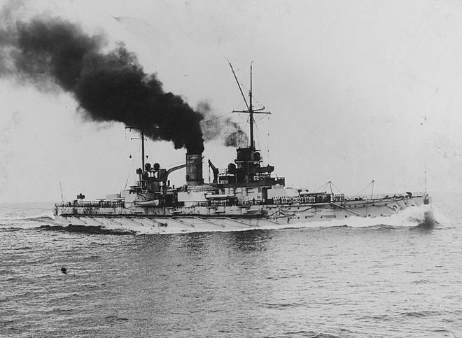 Trận hải chiến đẫm máu Anh - Đức: Cuộc đối đầu ác liệt của thiết giáp hạm - Ảnh 1.