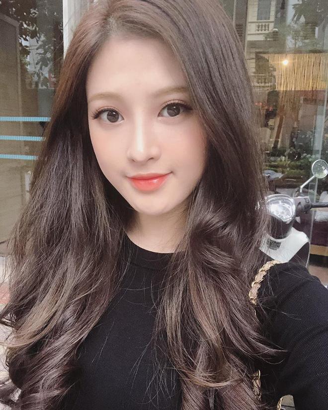 Em gái Huyền Baby: Chỉ xài hàng hiệu đắt đỏ, có người yêu Hàn Quốc là nhờ chị gái tặng - Ảnh 7.