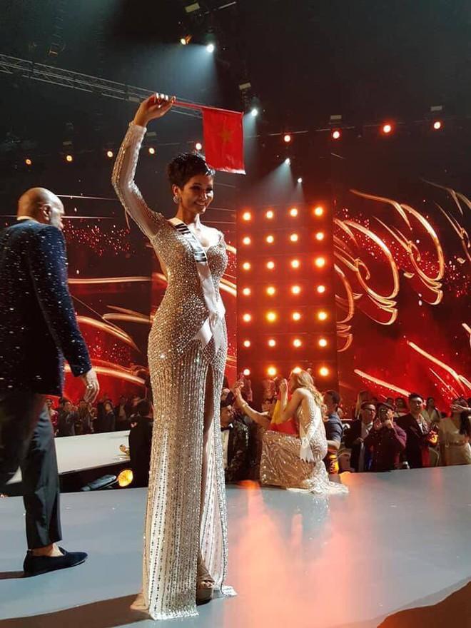 HHen Niê lập kỳ tích chưa từng có trong lịch sử, lọt top 5 Hoa hậu Hoàn vũ thế giới 2018 - Ảnh 1.