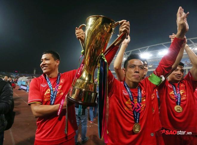 Nguyễn Anh Đức và sự nghiệp như phim của tỷ phú đi đá bóng - Ảnh 2.