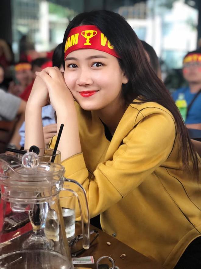 Nhan sắc đời thường được lòng tất cả các chàng trai của tân Hoa khôi Sinh viên Việt Nam 2018 - Ảnh 5.