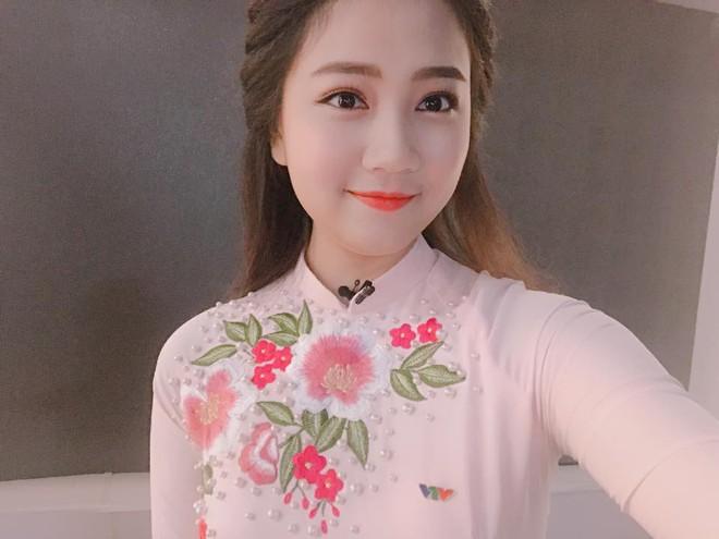 Nhan sắc đời thường được lòng tất cả các chàng trai của tân Hoa khôi Sinh viên Việt Nam 2018 - Ảnh 9.
