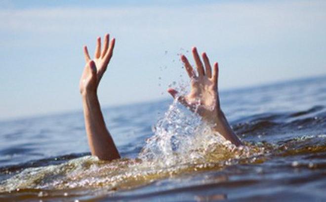 Bé trai 2 tuổi đuối nước trong giờ học tại trường mầm non