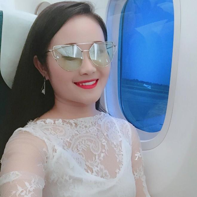 Gia thế giàu có, nhan sắc khả ái của bạn gái cầu thủ Tiến Linh - cơn gió lạ trong đội tuyển Việt Nam - Ảnh 18.