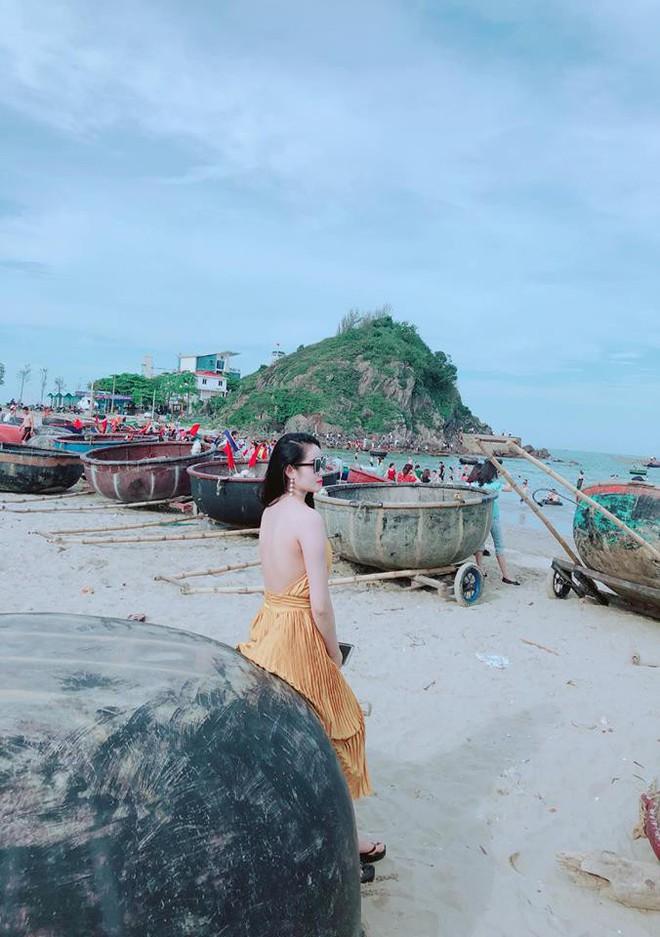 Gia thế giàu có, nhan sắc khả ái của bạn gái cầu thủ Tiến Linh - cơn gió lạ trong đội tuyển Việt Nam - Ảnh 31.