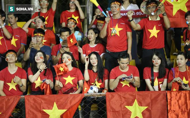 Hot girl Việt đổ bộ Philippines, đe dọa biến sân khách thành