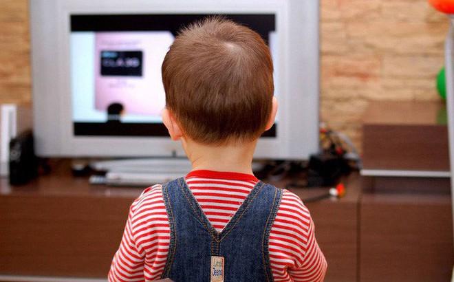 4 biểu hiện ở trẻ chứng tỏ bố mẹ đã làm hư con, cần phải chấn chỉnh ngay!