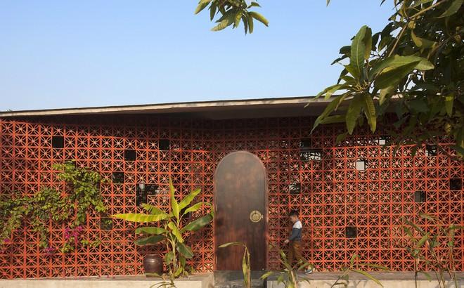 Căn nhà nắng chiếu khắp phòng tại Nam Định đẹp lung linh trên báo ngoại - Ảnh 1.