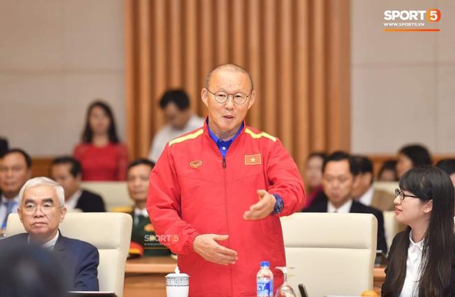 Diễn đàn rao vặt: HLV Park Hang-seo rất khao khát cùng đội tuyển Việt Nam làm nên thêm một mốc son  Photo-1-1545415634163486714785