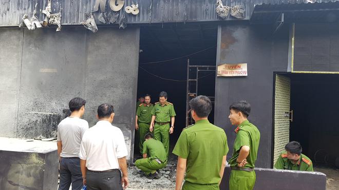 Nạn nhân thứ 7 tử vong trong vụ cháy nhà hàng ở Đồng Nai - Ảnh 1.