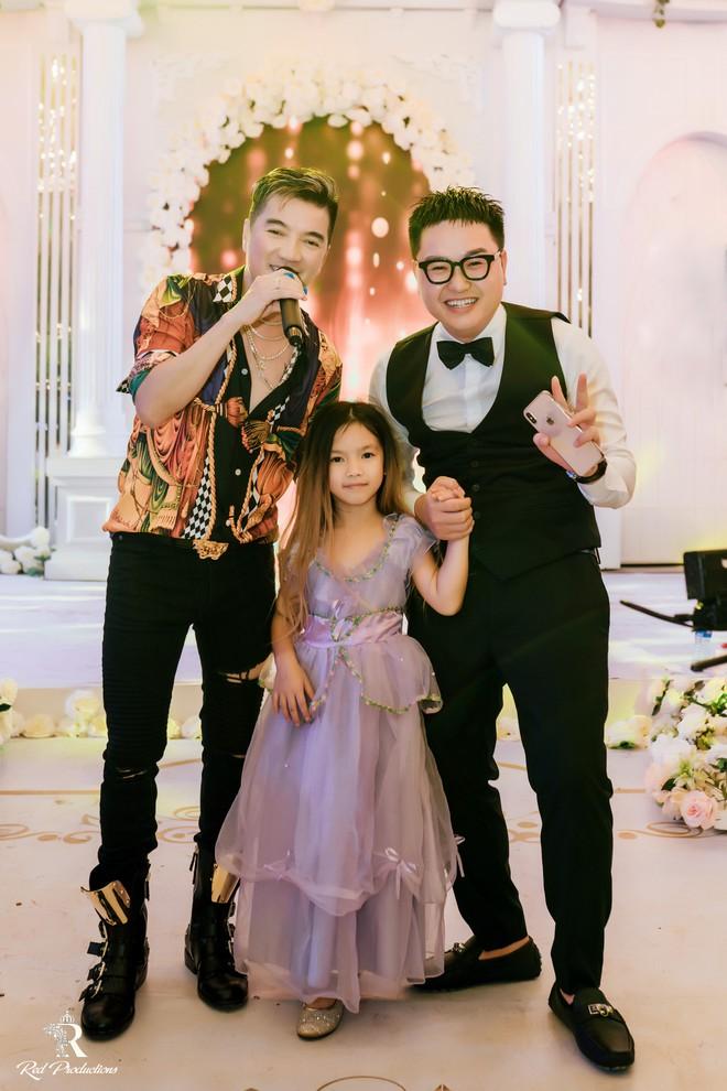 Đàm Vĩnh Hưng xuất hiện trong siêu đám cưới ở Hưng Yên - Ảnh 10.
