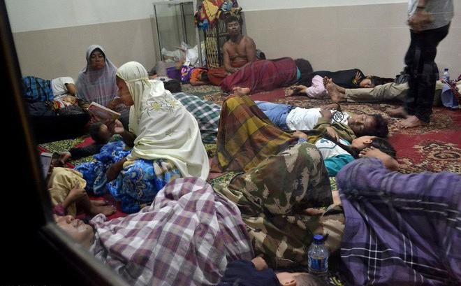 [Cập nhật] Indonesia nhầm lẫn trong cảnh báo sóng thần, người dân và khách du lịch hoảng sợ: Chạy càng xa càng tốt