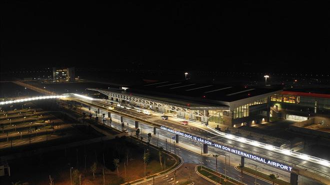 Cận cảnh cao tốc 12.000 tỉ xuyên rừng kết nối với sân bay Vân Đồn - Ảnh 8.