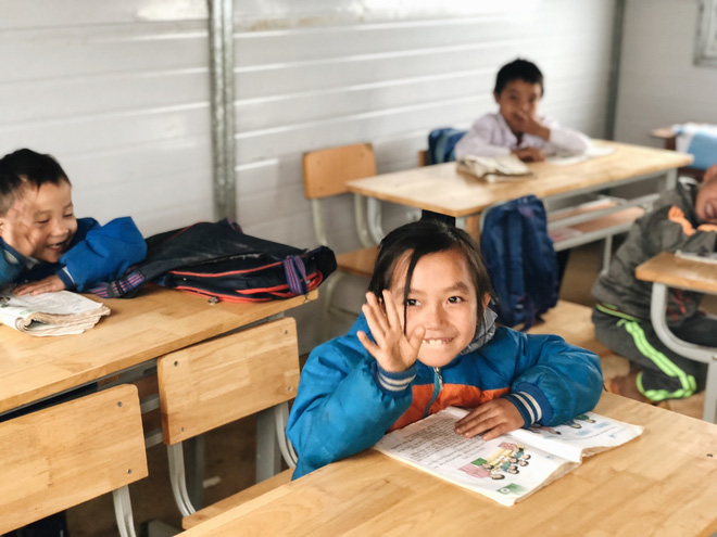 Trẻ em Tri Lễ miệt mài đến lớp trong giá rét - Ảnh 4.