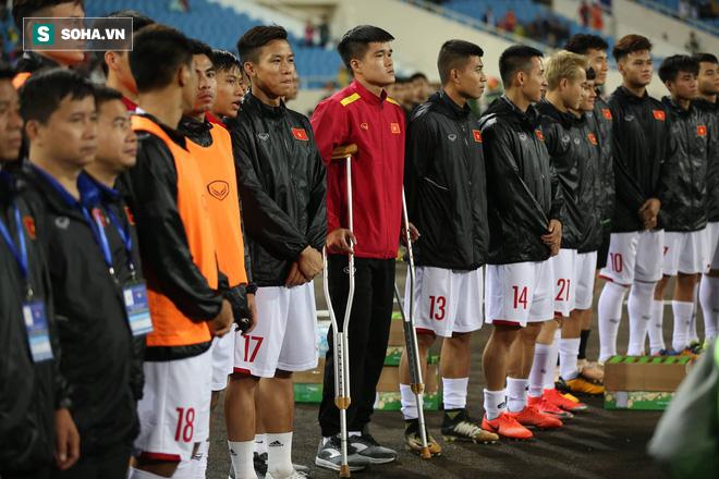 Sao Việt Nam nghẹn ngào khóc khi hát Quốc ca vì chấn thương, lỡ Asian Cup - Ảnh 4.