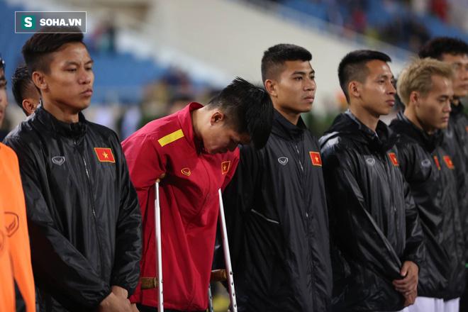 Sao Việt Nam nghẹn ngào khóc khi hát Quốc ca vì chấn thương, lỡ Asian Cup - Ảnh 7.