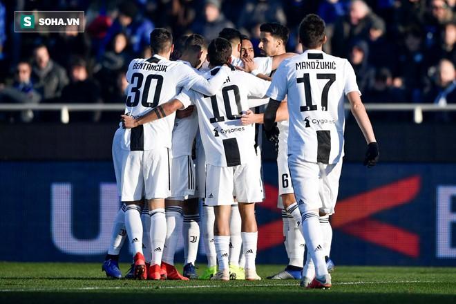 Ronaldo giải cứu Juventus khỏi thất bại sau màn rượt đuổi nghẹt thở - Ảnh 2.