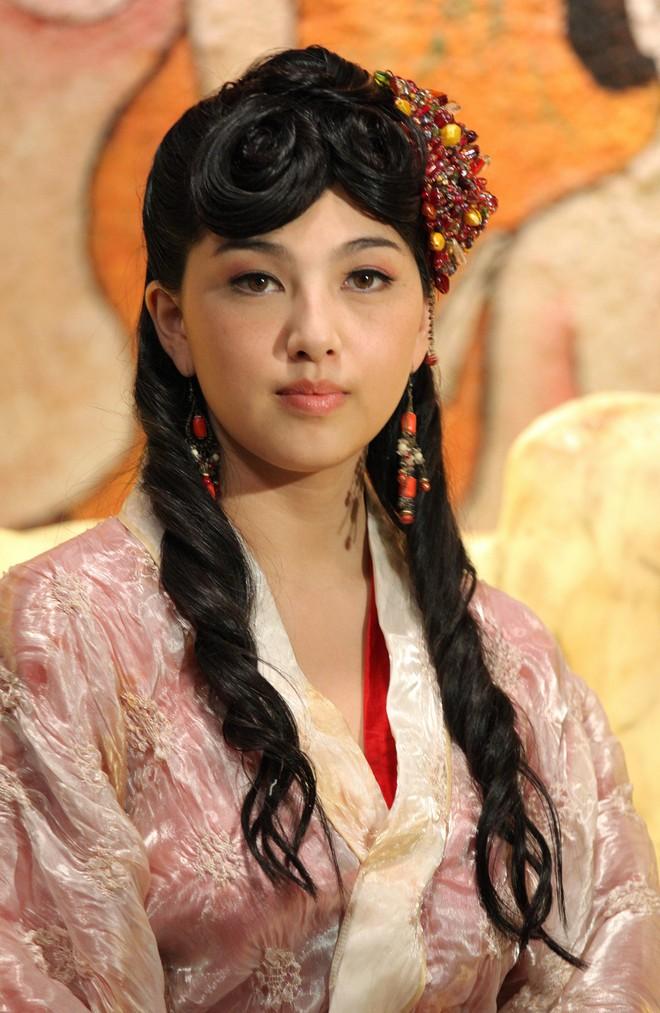 Nữ hoàng phim người lớn Nhật: Bị trầm cảm, phải thay tên đổi họ, cưới chồng đáng tuổi bố - Ảnh 3.