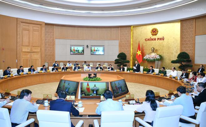 Thủ tướng yêu cầu làm tốt 3 nhiệm vụ trọng tâm cuối năm 2018 - Ảnh 1.