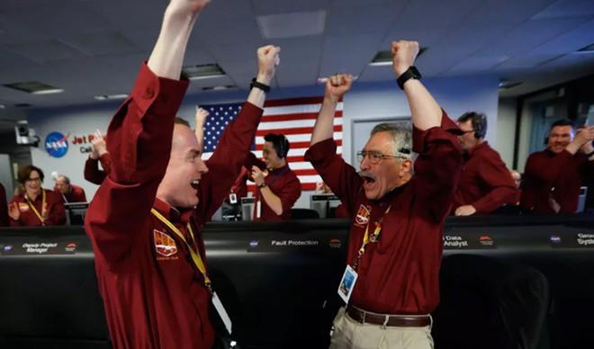 NASA hạ cánh thành công tàu InSight chính là đỉnh cao trí tuệ của nhân loại - Ảnh 1.