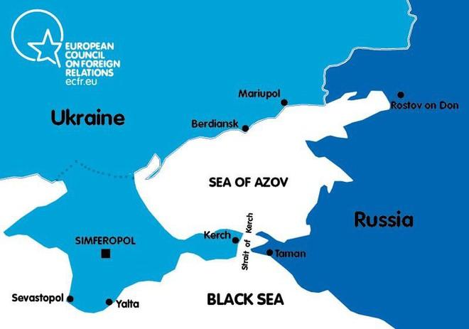 Tuyên bố cứng rắn của Ukraine liên quan đến eo biển Kerch - Ảnh 1.