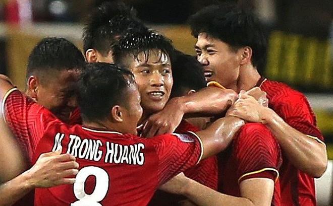 'Ngựa ô' ASIAN Cup 2019: Thái Lan hay Việt Nam?