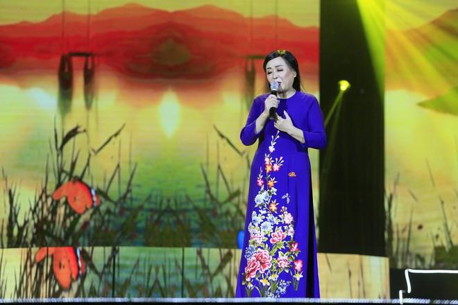 Sau 8 năm, Khánh Thi - Vượng Râu tái hợp trên sân khấu - Ảnh 6.
