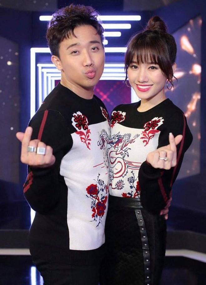 Trấn Thành - Hari Won: Đôi vợ chồng chăm diện đồ đôi nhất showbiz Việt - Ảnh 8.