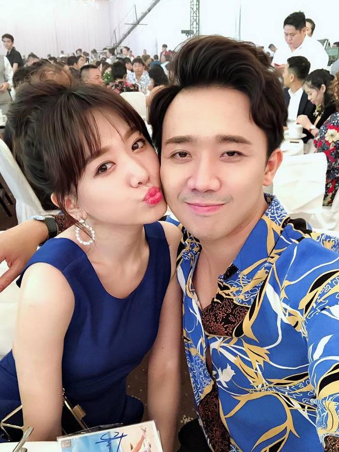 Trấn Thành - Hari Won: Đôi vợ chồng chăm diện đồ đôi nhất showbiz Việt - Ảnh 9.