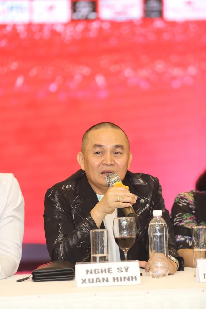 Xuân Hinh: Tôi là Việt kiều Bắc Ninh còn bà ấy là Hà Nội gốc. Bà ấy thiếu gì tiền - Ảnh 2.