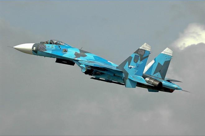 [ẢNH] Từ 70 chiến thần Su-27 xuống còn 17 chiếc, điều gì đang xảy ra với chiến đấu cơ mạnh nhất của Ukraine? - Ảnh 2.