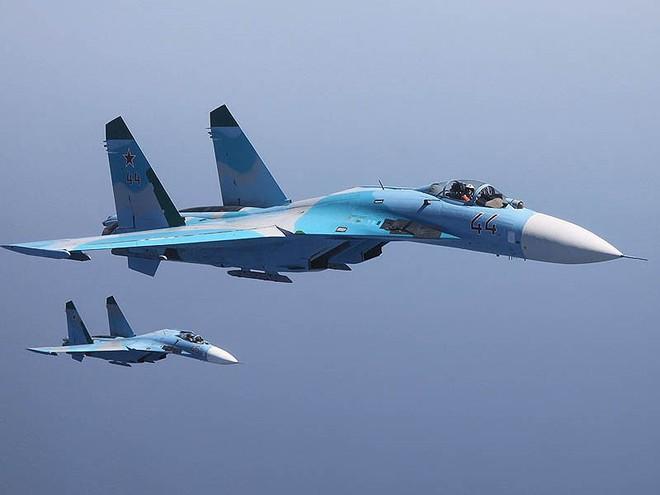 [ẢNH] Từ 70 chiến thần Su-27 xuống còn 17 chiếc, điều gì đang xảy ra với chiến đấu cơ mạnh nhất của Ukraine? - Ảnh 13.
