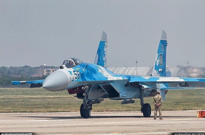 [ẢNH] Từ 70 chiến thần Su-27 xuống còn 17 chiếc, điều gì đang xảy ra với chiến đấu cơ mạnh nhất của Ukraine? - Ảnh 20.