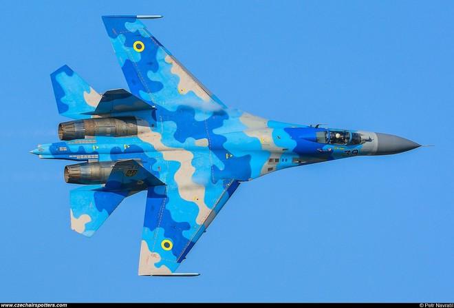 [ẢNH] Từ 70 chiến thần Su-27 xuống còn 17 chiếc, điều gì đang xảy ra với chiến đấu cơ mạnh nhất của Ukraine? - Ảnh 22.