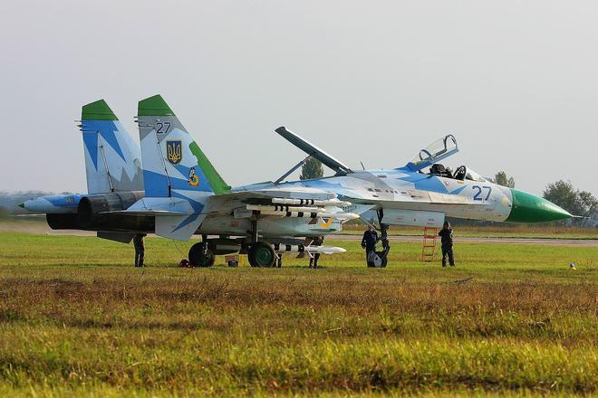 [ẢNH] Từ 70 chiến thần Su-27 xuống còn 17 chiếc, điều gì đang xảy ra với chiến đấu cơ mạnh nhất của Ukraine? - Ảnh 5.