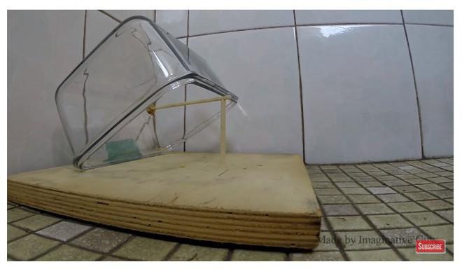 Chẳng cần bẫy kỳ công, chỉ với vài vật dụng đơn giản, nhà bạn sẽ không còn con chuột nào - Ảnh 2.