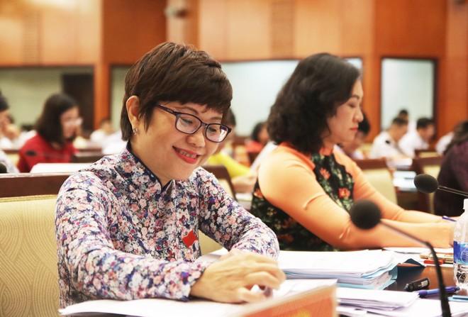Nhiều phòng khám Trung Quốc ở Sài Gòn làm giả kết quả, dọa người khám bị ung thư để lừa tiền - Ảnh 1.