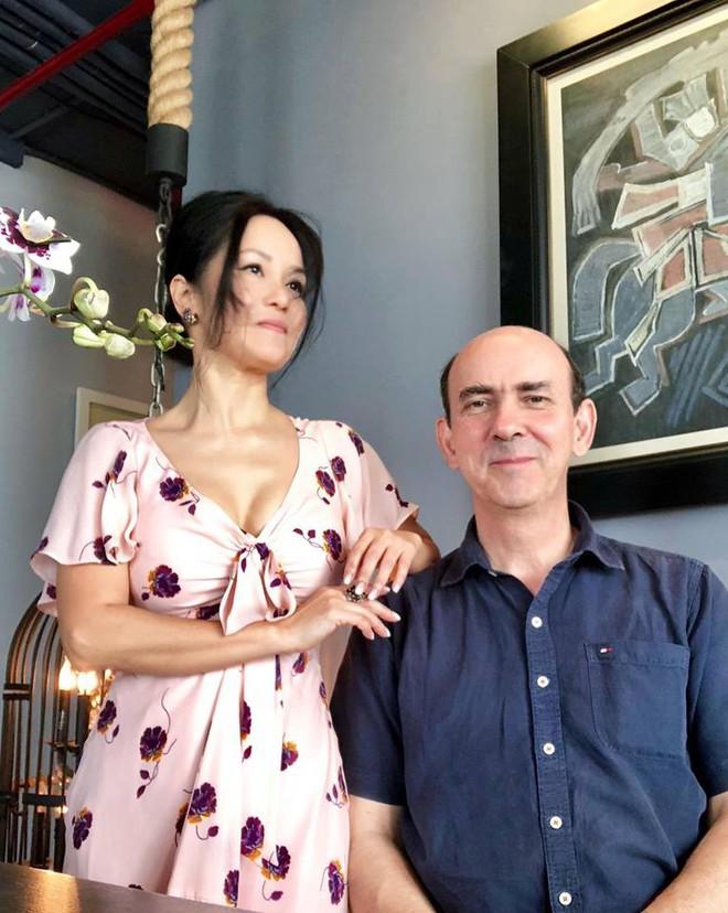 Diva Hồng Nhung suy kiệt, sụt nhiều cân sau ly hôn - Ảnh 9.