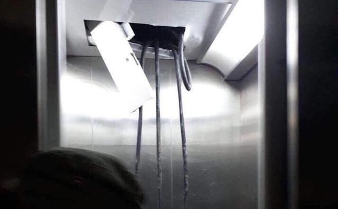Cư dân hoảng loạn khi thang máy chung cư HH Linh Đàm gặp sự cố