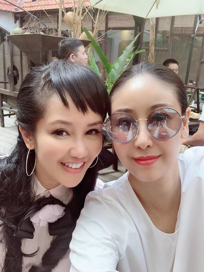 Diva Hồng Nhung suy kiệt, sụt nhiều cân sau ly hôn - Ảnh 1.