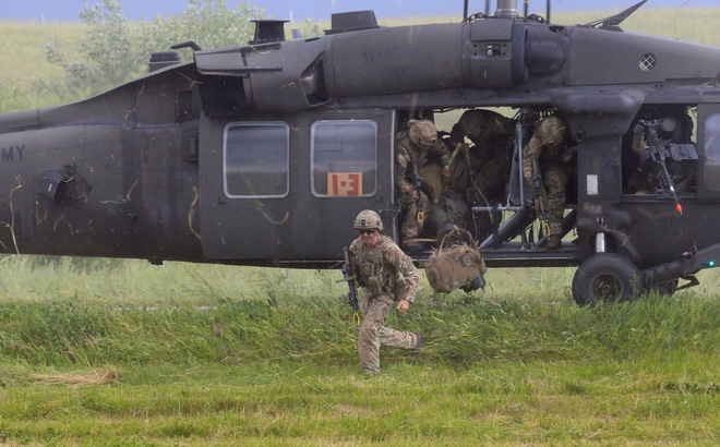 """NATO tuyên bố có cách """"hóa giải"""" chiến thuật của Nga tại Crimea"""