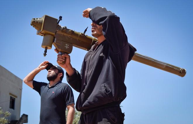 Tiết lộ về những vũ khí kỳ lạ nhất mà Nga thu được của khủng bố IS ở Syria - ảnh 3
