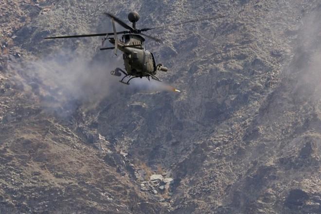 """Ảnh: Trực thăng """"Chiến binh"""" trinh sát OH-58D Kiowa của quân đội Mỹ - Ảnh 13."""
