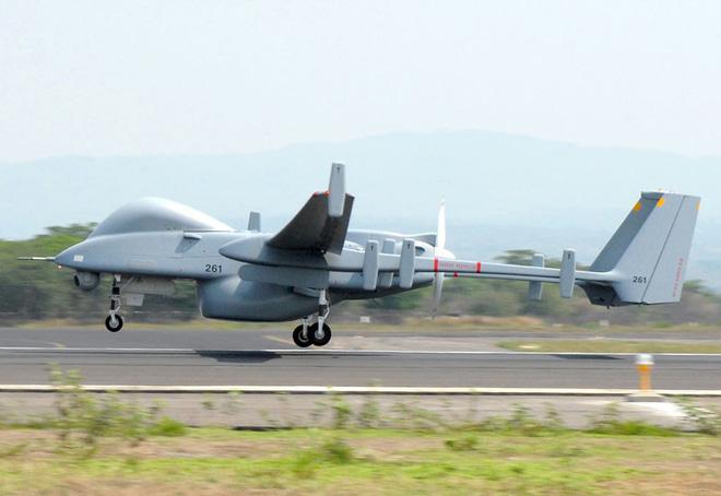 Việt Nam mua 3 máy bay trinh sát hiện đại của Israel - Ảnh 1.