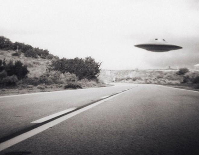 """Chuyện những vụ """"bị người ngoài Trái Đất bắt cóc!"""" - Ảnh 5."""