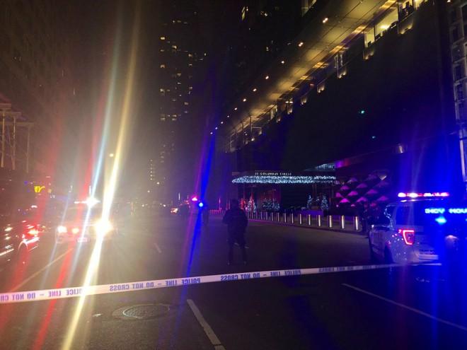 Trụ sở CNN ở New York sơ tán khẩn cấp vì đe dọa đánh bom - Ảnh 1.