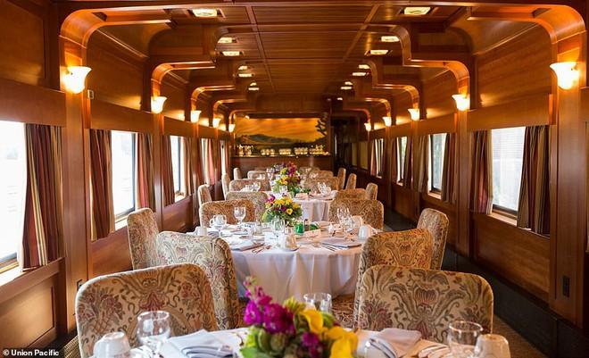 Choáng ngợp trước nội thất quý phái bậc nhất bên trong chuyến tàu chở TT Bush cha - Ảnh 5.
