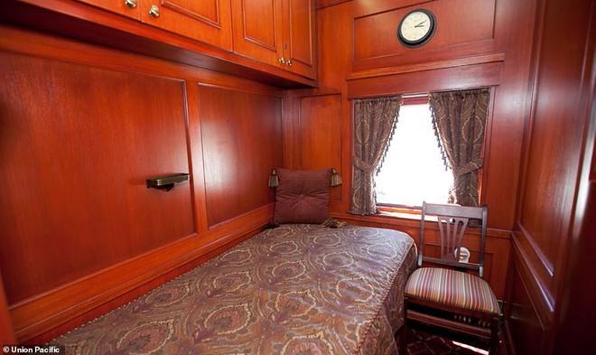 Choáng ngợp trước nội thất quý phái bậc nhất bên trong chuyến tàu chở TT Bush cha - Ảnh 6.