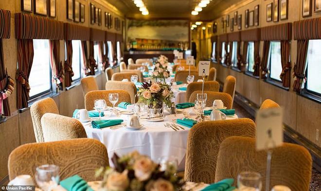 Choáng ngợp trước nội thất quý phái bậc nhất bên trong chuyến tàu chở TT Bush cha - Ảnh 10.